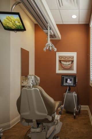 Brookwood Dentistry Exam Room